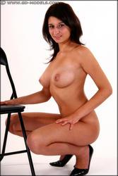 http://img273.imagevenue.com/loc495/th_180306872_084404_Danielle_110_123_495lo.jpg