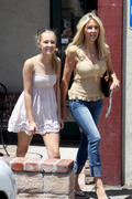 Heather Locklear- Family Lunch on Mother's Day in Thousand Oaks 05/13/12