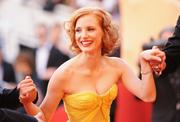 th_91390_Tikipeter_Jessica_Chastain_The_Tree_Of_Life_Cannes_112_123_536lo.jpg