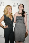 http://img273.imagevenue.com/loc565/th_646367817_Hayden_Panettiere_Stuart_Weitzmans_Event_Fashions_Night_Out9_122_565lo.jpg